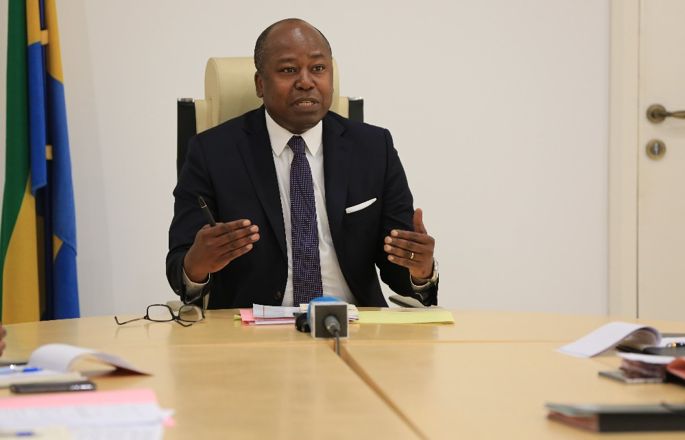 Alain Claude Bilie By Nze, Libreville, Gabonactu.com