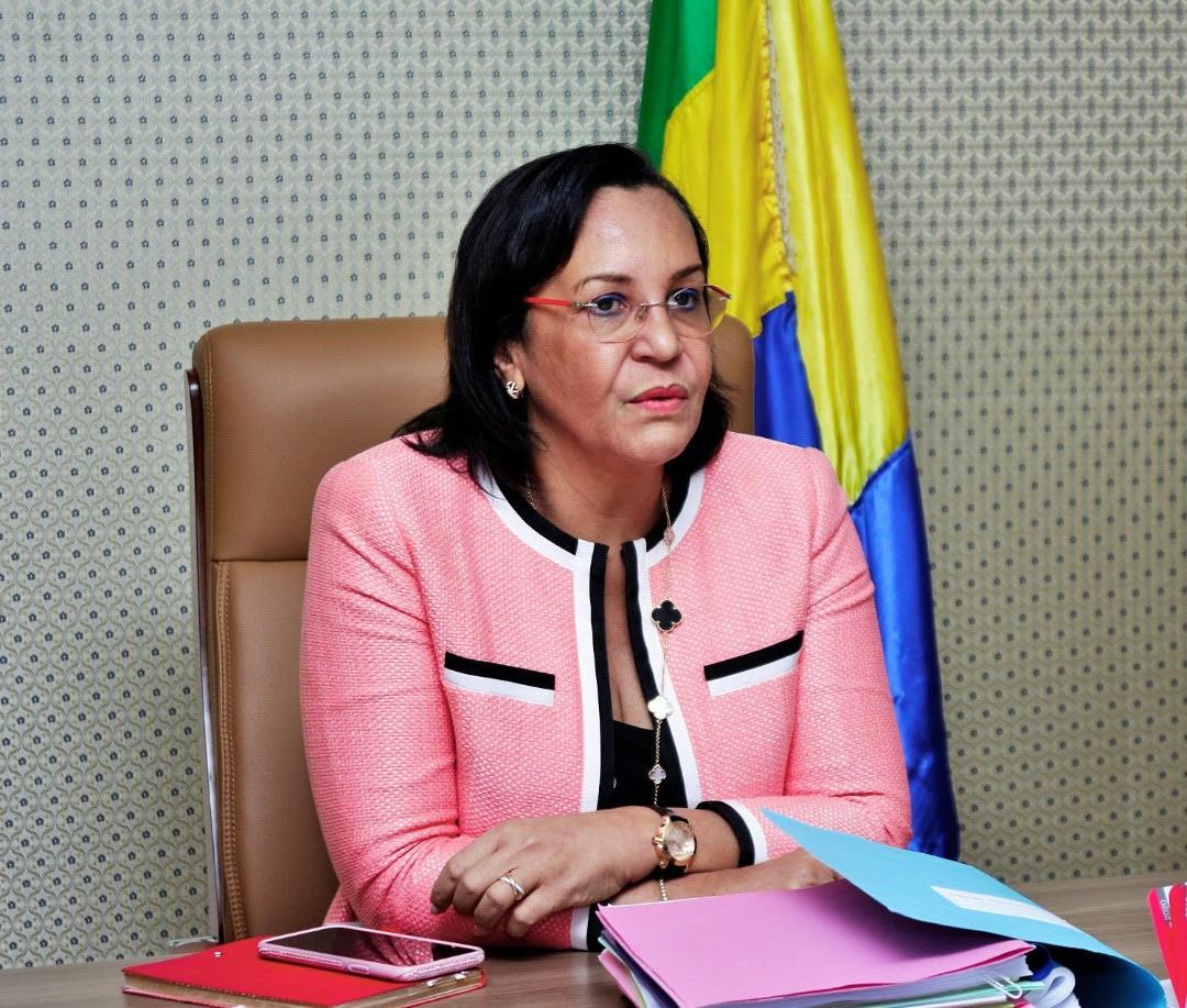 ministre gabonaise de l'Emploi, de la fonction publique, du travail et de la formation professionnelle, Madeleine Berre,