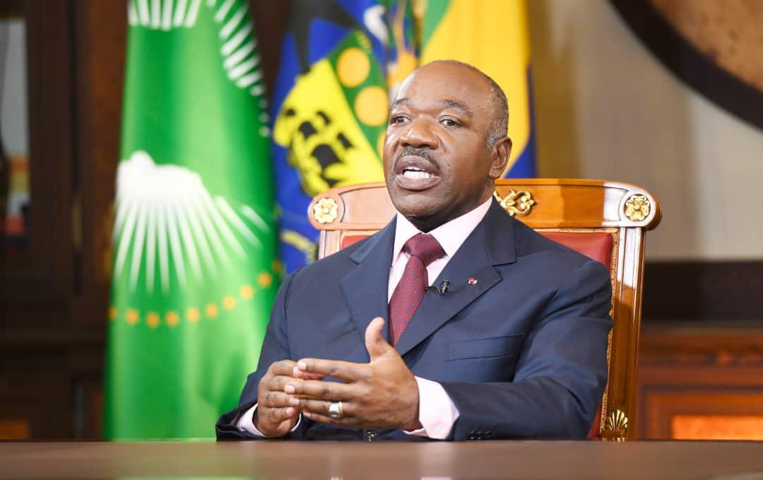 Gabon : courant cadeau, eau cadeau, loyer cadeau, nourriture cadeau, tests cadeaux (Ali Bongo)