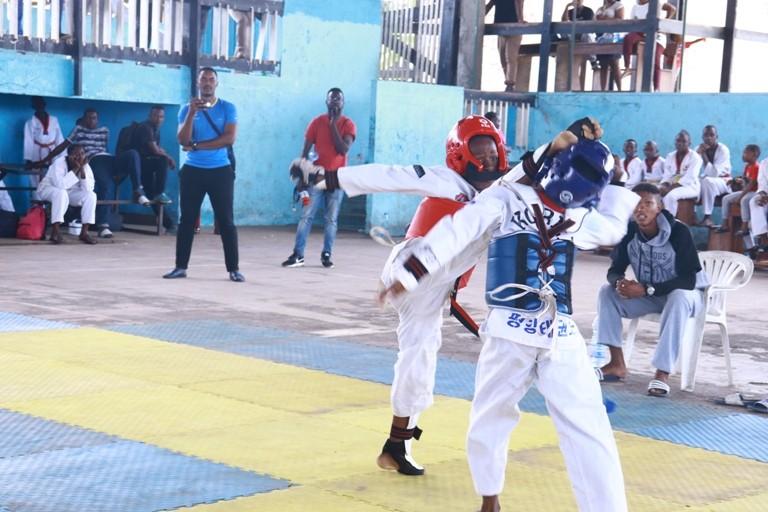 Amicale de Taekwondo : une 2ème journée pour garder les jeunes athlètes en jambe
