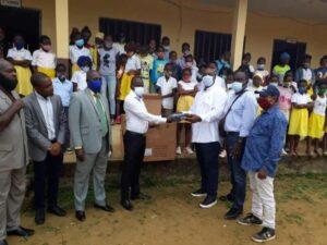La générosité d'ACM s'est également étendue dans les écoles de la localité ©  HL